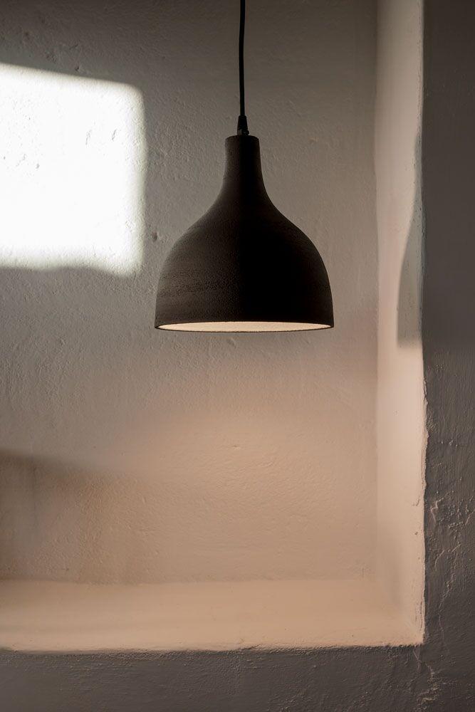 T-Black_karman_pendant_lamp_calice_C4L_gres_grey_2