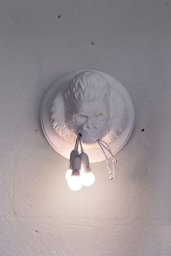Ugo_rilla_karman_lamp_trophy_C4L_Ceramic_white_1